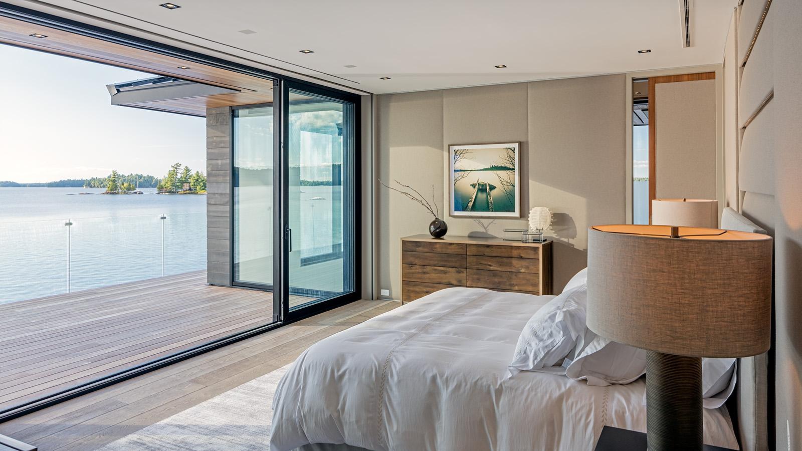 big foot door ass 70 hi. Black Bedroom Furniture Sets. Home Design Ideas